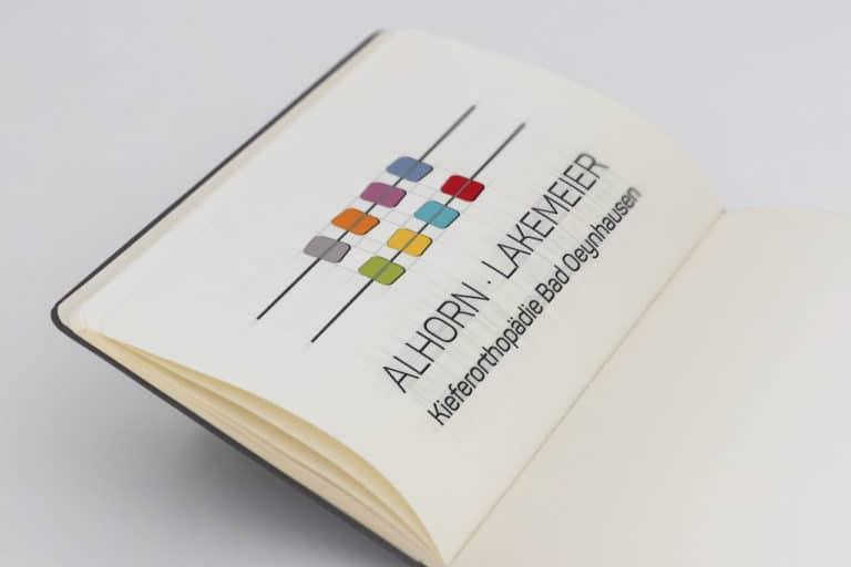 Alhorn Lakemeier ·Logo Design · Praxis-Logo · Corporate Design · Praxismarketing · Grafikstudio Carreira · Susi Carreira · Werbeagentur Bad Oeynhausen · Minden · Bünde