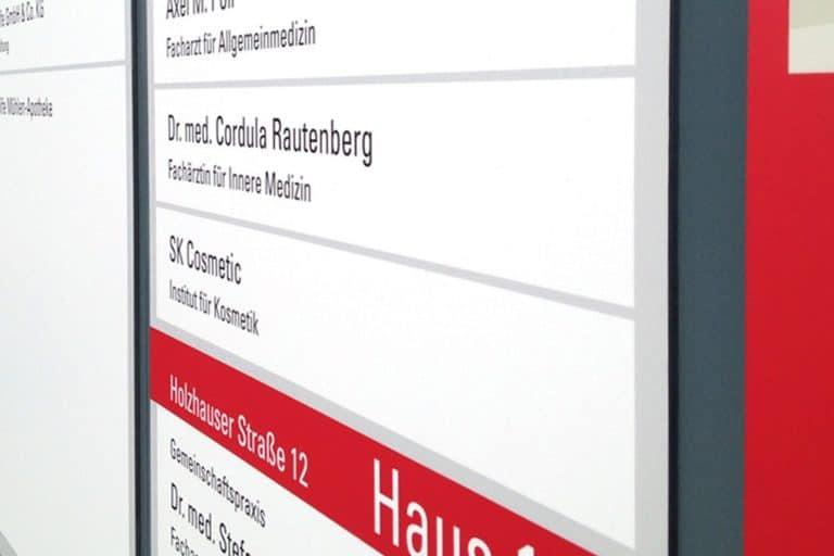 GesundheitsCentrum Bünde · Beschriftung · Wegeleitsystem · Grafikstudio Carreira · Susi Carreira · Werbeagentur Bad Oeynhausen · Minden · Bünde