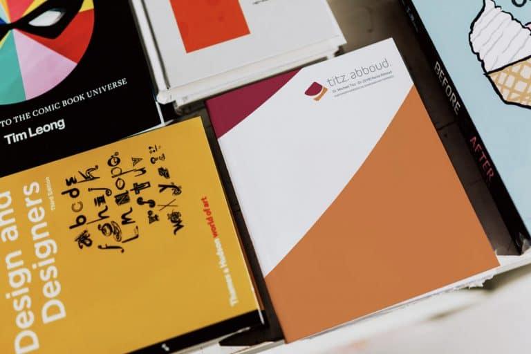 Drs. Titz & Abboud · Kieferorthopädie · Corporate Design · Praxislogo · Grafikstudio Carreira · Susi Carreira · Werbeagentur Bad Oeynhausen · Minden · Bünde
